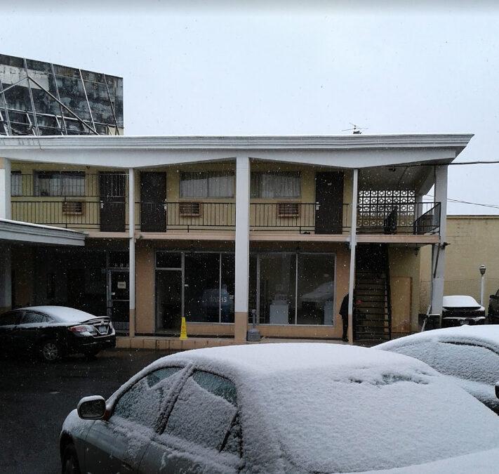 Mid-Town Motor Inn